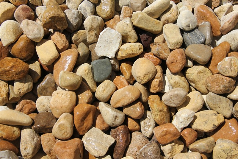 Decorative landscape rock landscaping and pool for Large outdoor decorative rocks